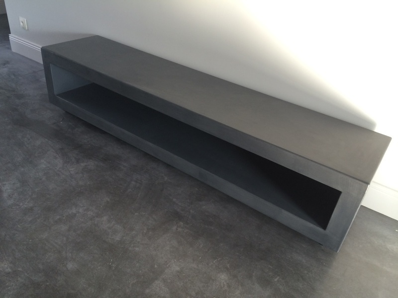 Table beton par stuc co meubles tv for Table effet beton cire